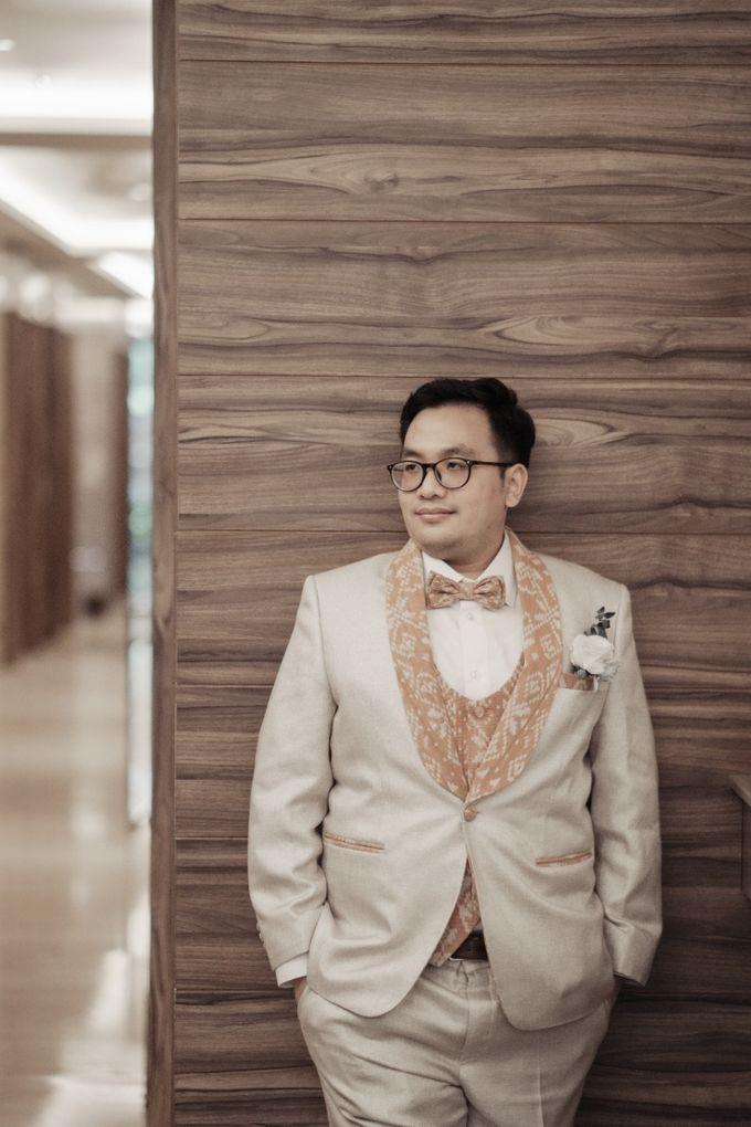 customized wedding tuxedo by Jas-ku.com - 002