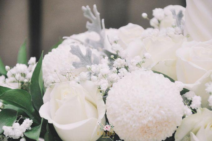 Church Arrangement for Erdick Stephanie Wedding by Floral Treats - 004