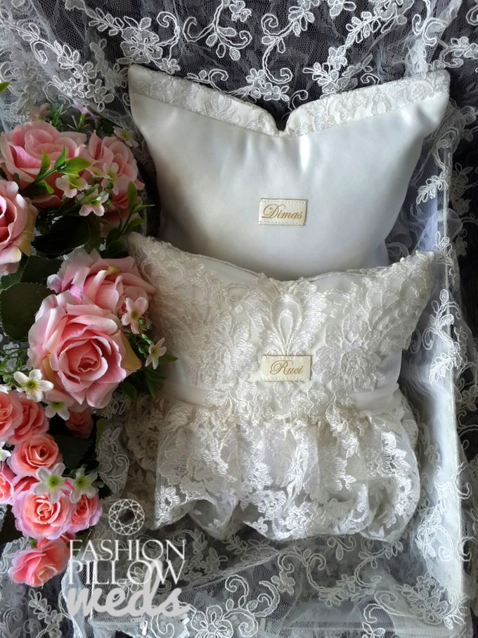 Traditional Indonesian Wedding pillow by Fashion Pillow Weds - 001