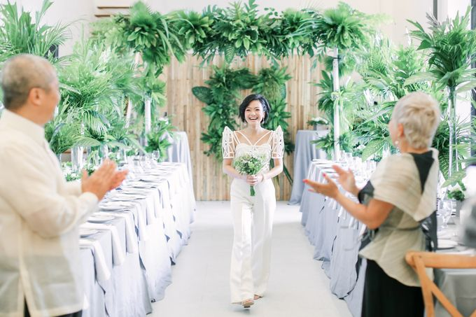 Andrea & Toby decided to do an intimate wedding with less than 50 guests. No bridesmaids/groomsmen, invitation or other details. They only had a brida by Foreveryday Photography - 030
