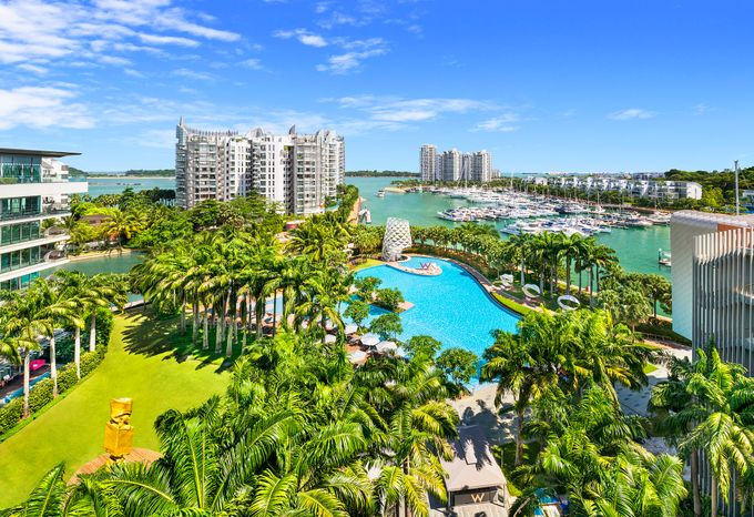 Lawn and Great Deck by W Singapore - Sentosa Cove - 002