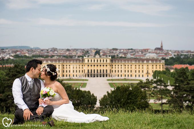 Pre-wedding photo session in Vienna by Grazmel Wedding Photography - 005