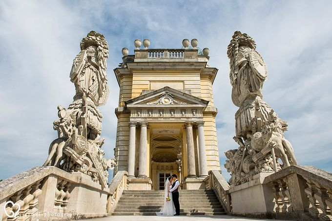 Pre-wedding photo session in Vienna by Grazmel Wedding Photography - 007