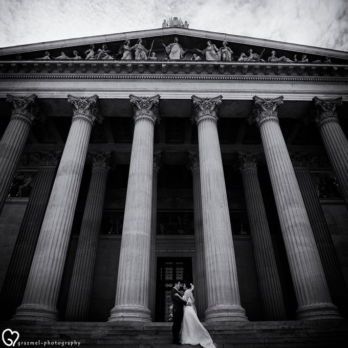 Pre-wedding photo session in Vienna by Grazmel Wedding Photography - 013