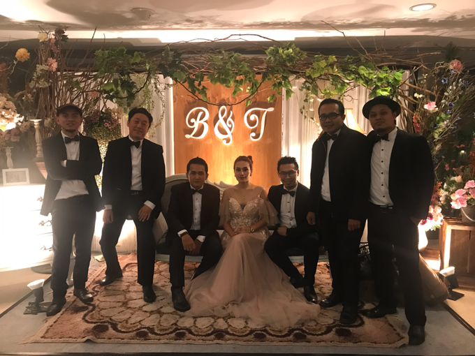 Music team at Bernard & Tresy wedding reception by Wijaya Music Entertainment - 004