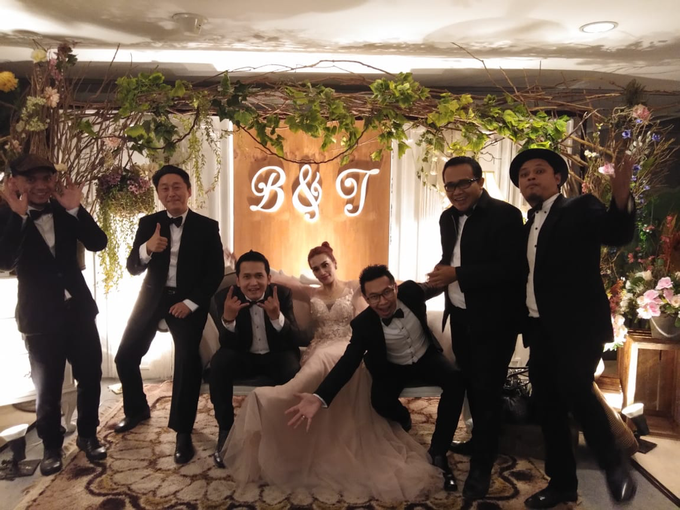 Music team at Bernard & Tresy wedding reception by Wijaya Music Entertainment - 001