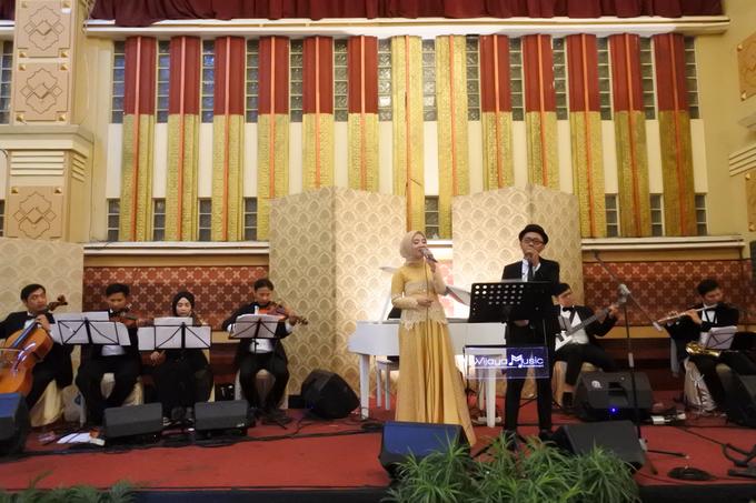 Music team for Afira & Rully wedding reception by Wijaya Music Entertainment - 002