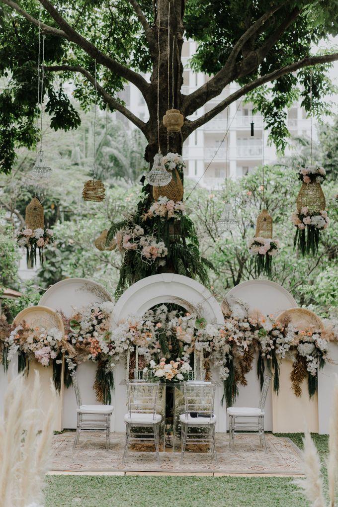 Rexy & Sergio Wedding by Akuwedding - 007