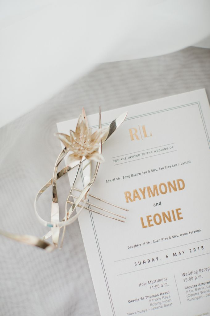 Raymond & Leonie Wedding Day by Wong Hang Distinguished Tailor - 004