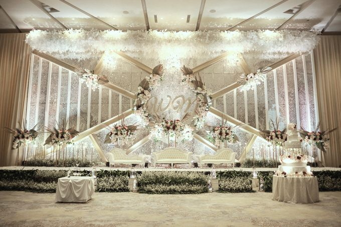 WEDDING OF WELLY & MARIA by Novotel Tangerang - 012