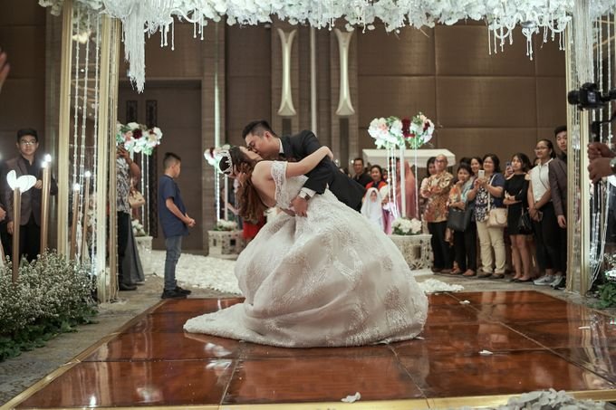WEDDING OF WELLY & MARIA by Novotel Tangerang - 015