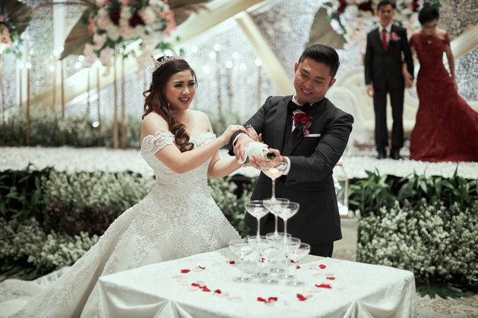 WEDDING OF WELLY & MARIA by Novotel Tangerang - 017