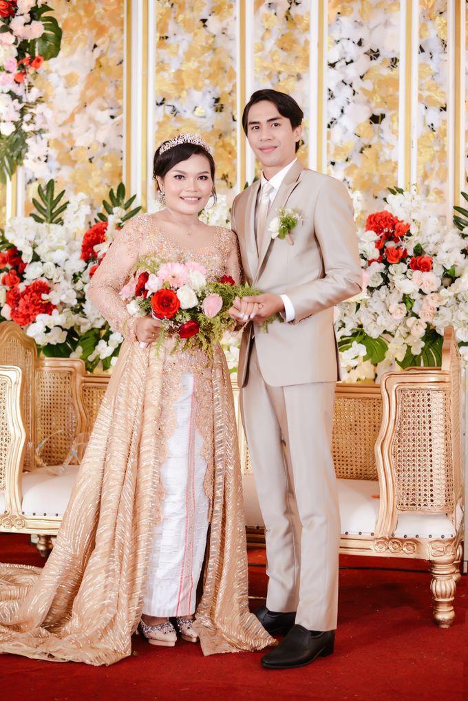 Mr. Iwan Setiawan & Mrs. Henny by Ventlee Groom Centre - 004