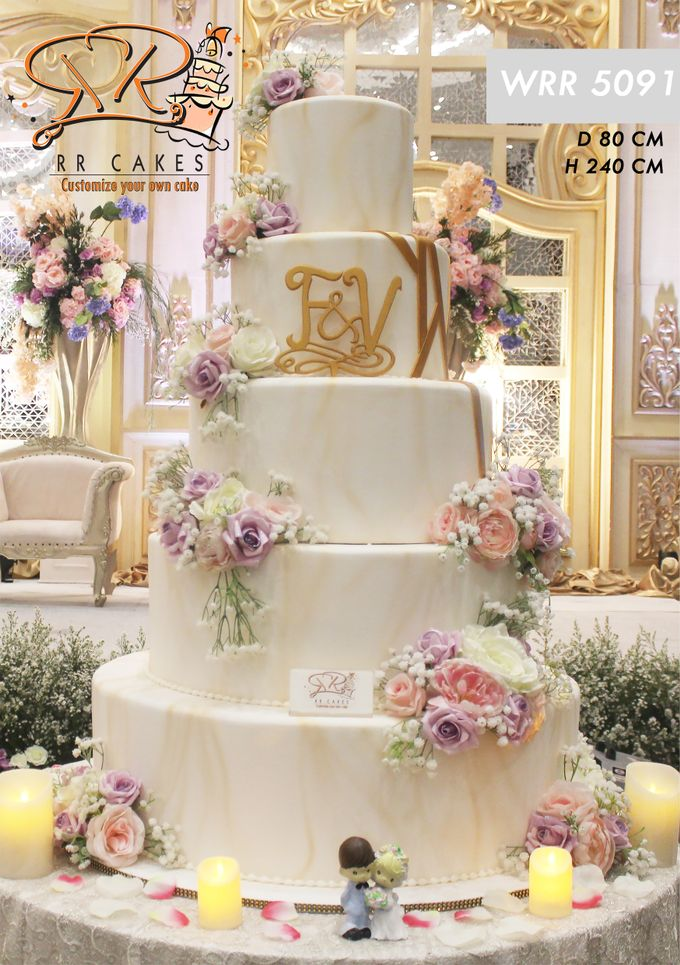 Weddingcake in 2019 - 5 tiers by RR CAKES - 004