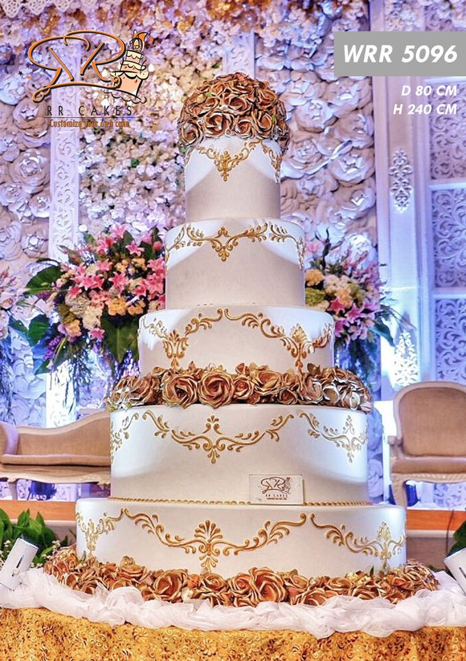 Weddingcake in 2019 - 5 tiers by RR CAKES - 006