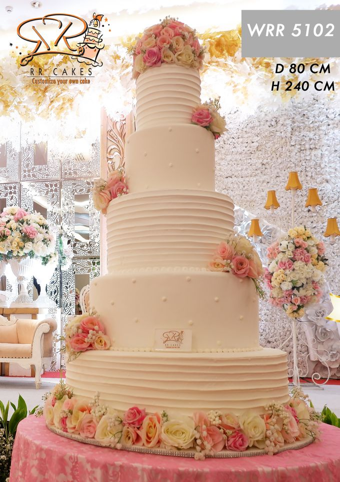 Weddingcake in 2019 - 5 tiers by RR CAKES - 008