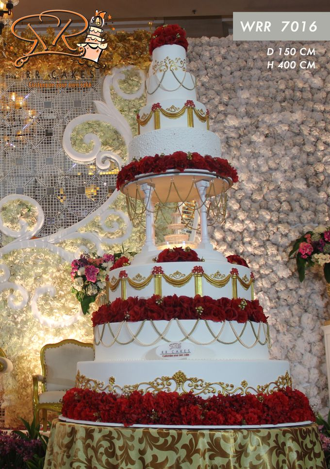 Wedding Cake in 2019 - 7 Tiers by RR CAKES - 001