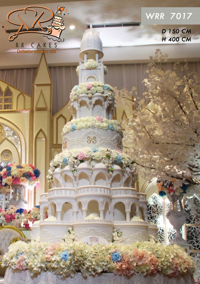 Wedding Cake in 2019 - 7 Tiers by RR CAKES - 002
