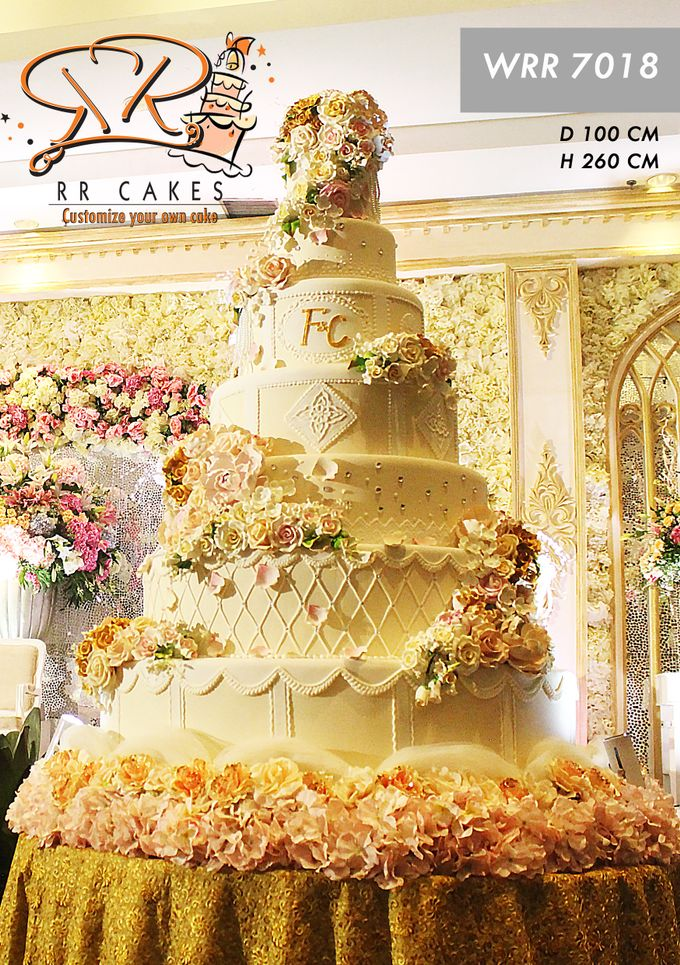 Wedding Cake in 2019 - 7 Tiers by RR CAKES - 003