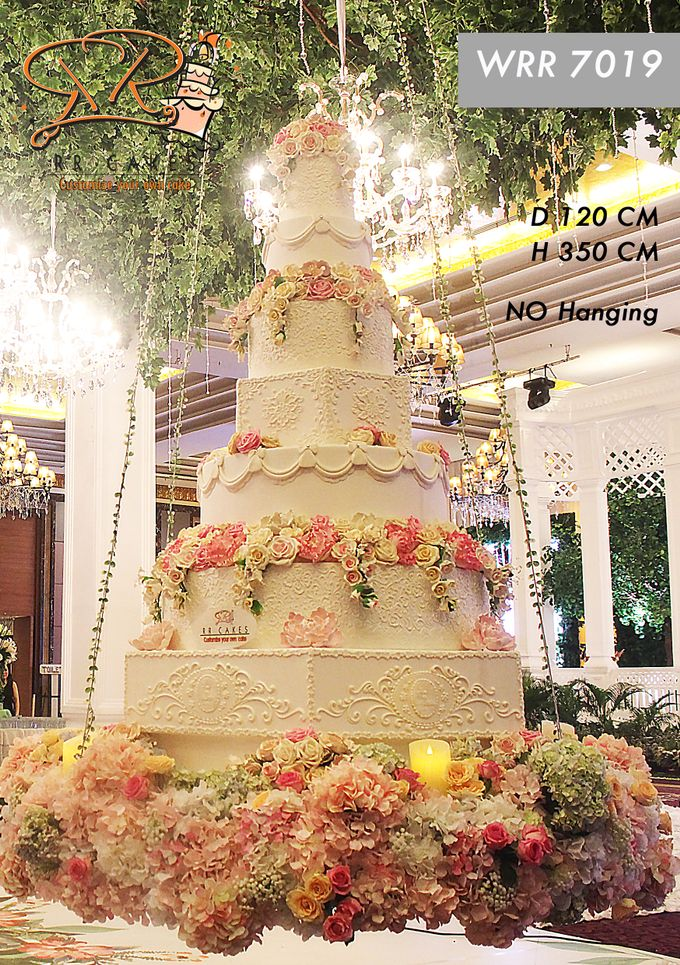 Wedding Cake in 2019 - 7 Tiers by RR CAKES - 004