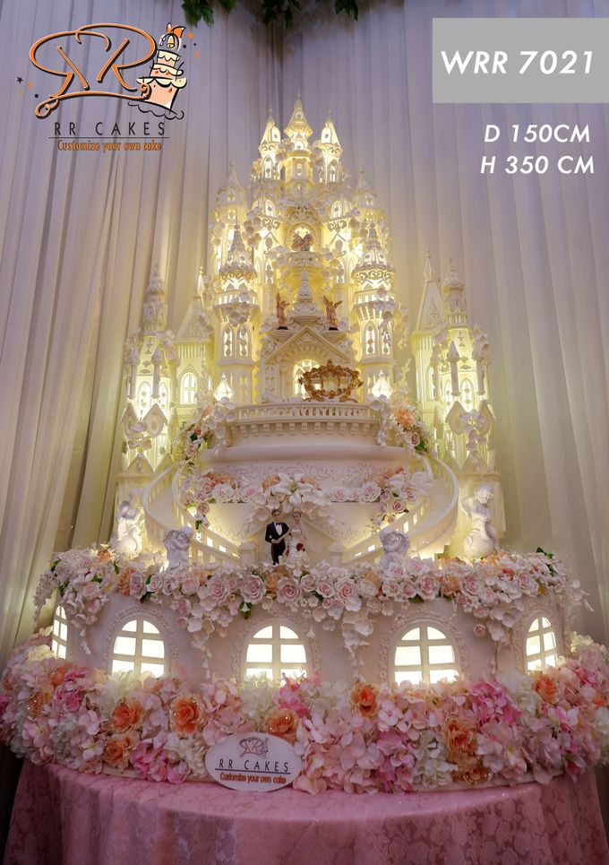 Wedding Cake in 2019 - 7 Tiers by RR CAKES - 005