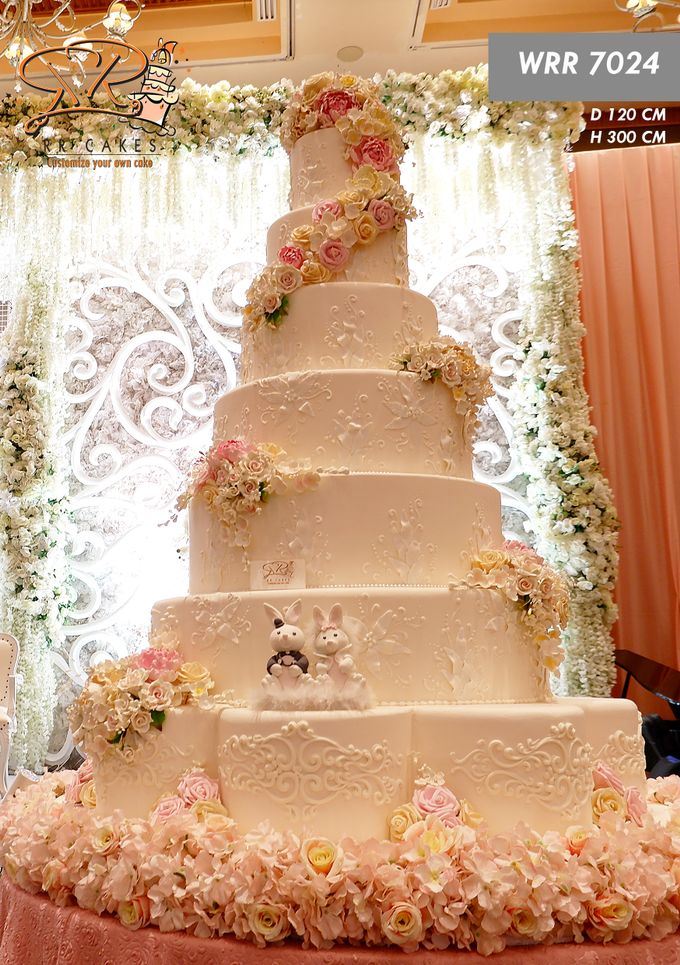Wedding Cake in 2019 - 7 Tiers by RR CAKES - 011