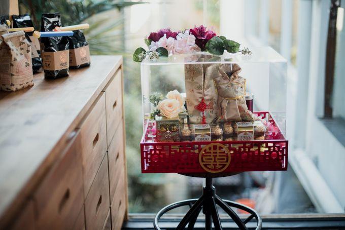 Kresna & Winda's Engagement by Studio 8 Bali Photography - 002