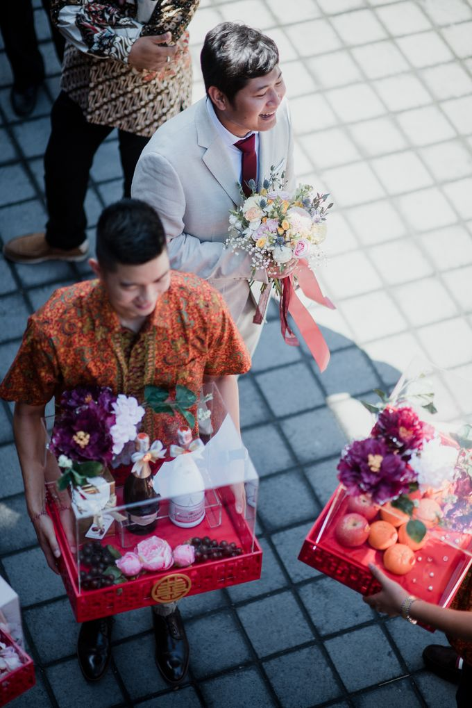 Kresna & Winda's Engagement by Studio 8 Bali Photography - 005