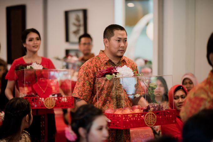 Kresna & Winda's Engagement by Studio 8 Bali Photography - 007