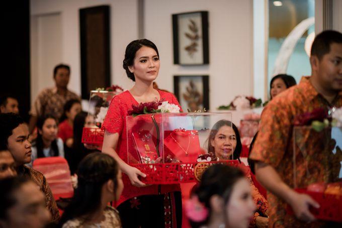 Kresna & Winda's Engagement by Studio 8 Bali Photography - 008