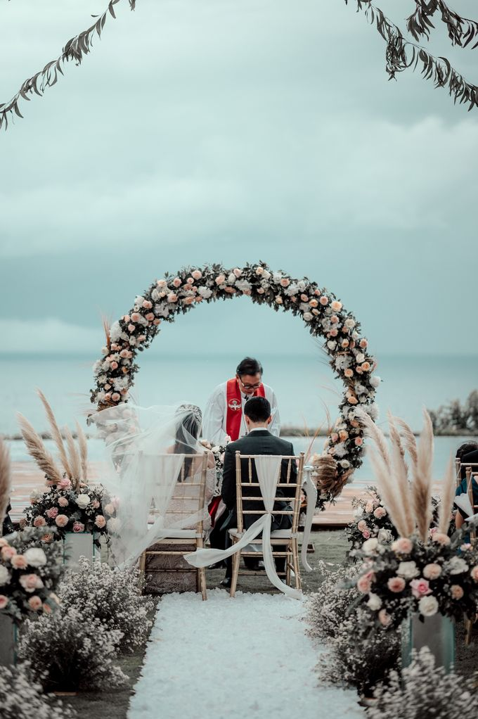 The Wedding of Paulina & Kevin by Bali Eve Wedding & Event Planner - 016