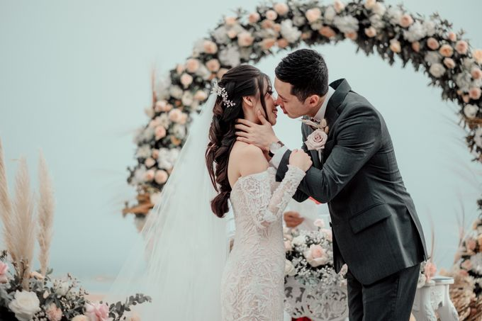 The Wedding of Paulina & Kevin by Bali Eve Wedding & Event Planner - 024