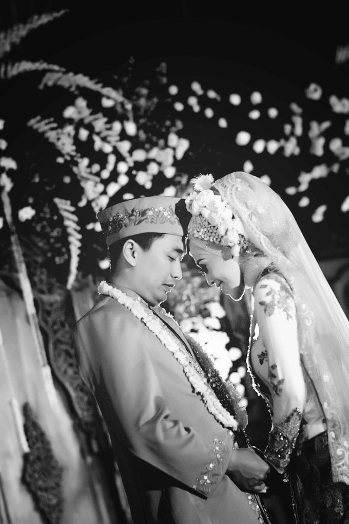 Wedding & Pre Wedding Moments with Grainic by GRAINIC Creative Studio - 015