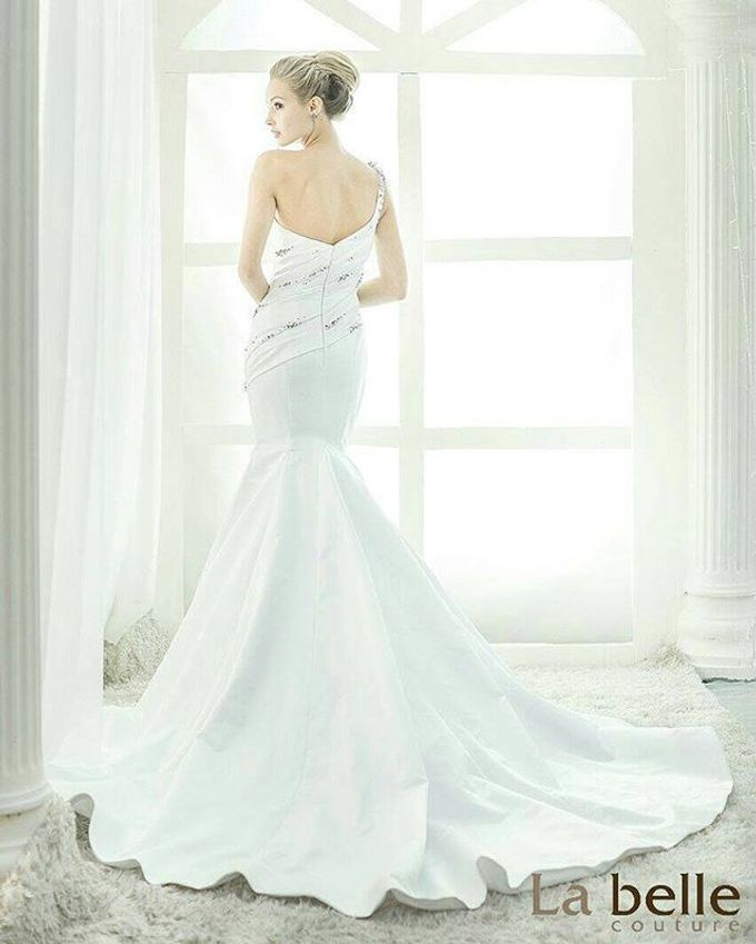 Bridal Gown Collection 2015: Legends by La Belle Couture Weddings Pte Ltd - 021