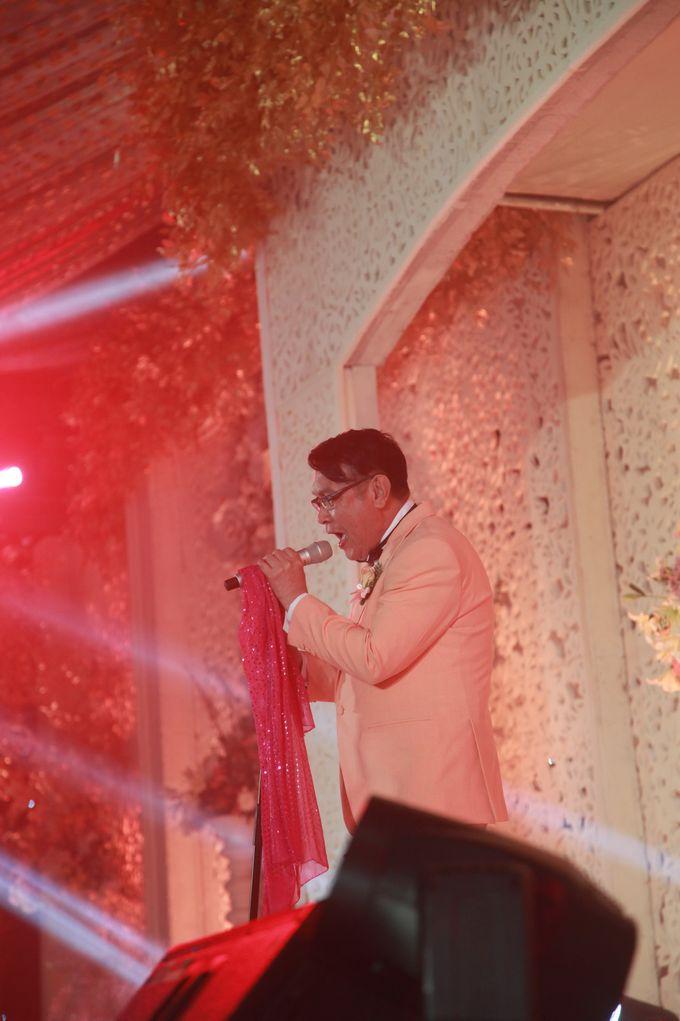 Autumn Theme Wedding Boy & Elisia at Empire 10th Floor  Surabaya by Diorama Tailor - 019