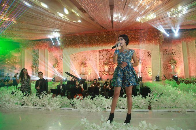 Autumn Theme Wedding Boy & Elisia at Empire 10th Floor  Surabaya by Diorama Tailor - 021