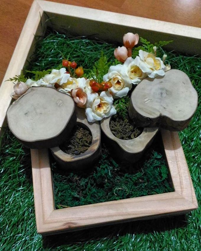 Wedding ring box by Hana Seserahan - 040