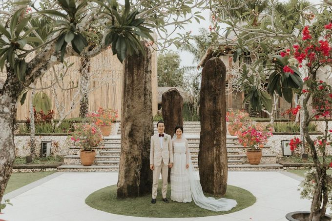 Chris & Calista Real Wedding at The Stone House by Tirtha by Tirtha Bridal - 011