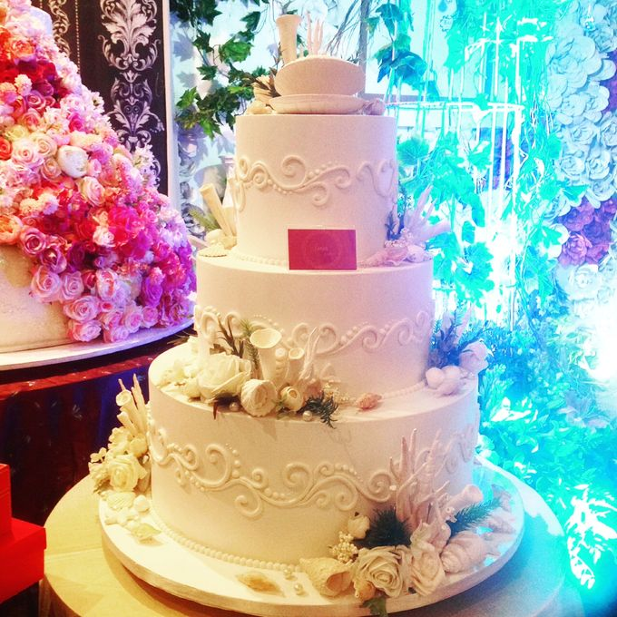 3 Tiers by Amor Cake - 021