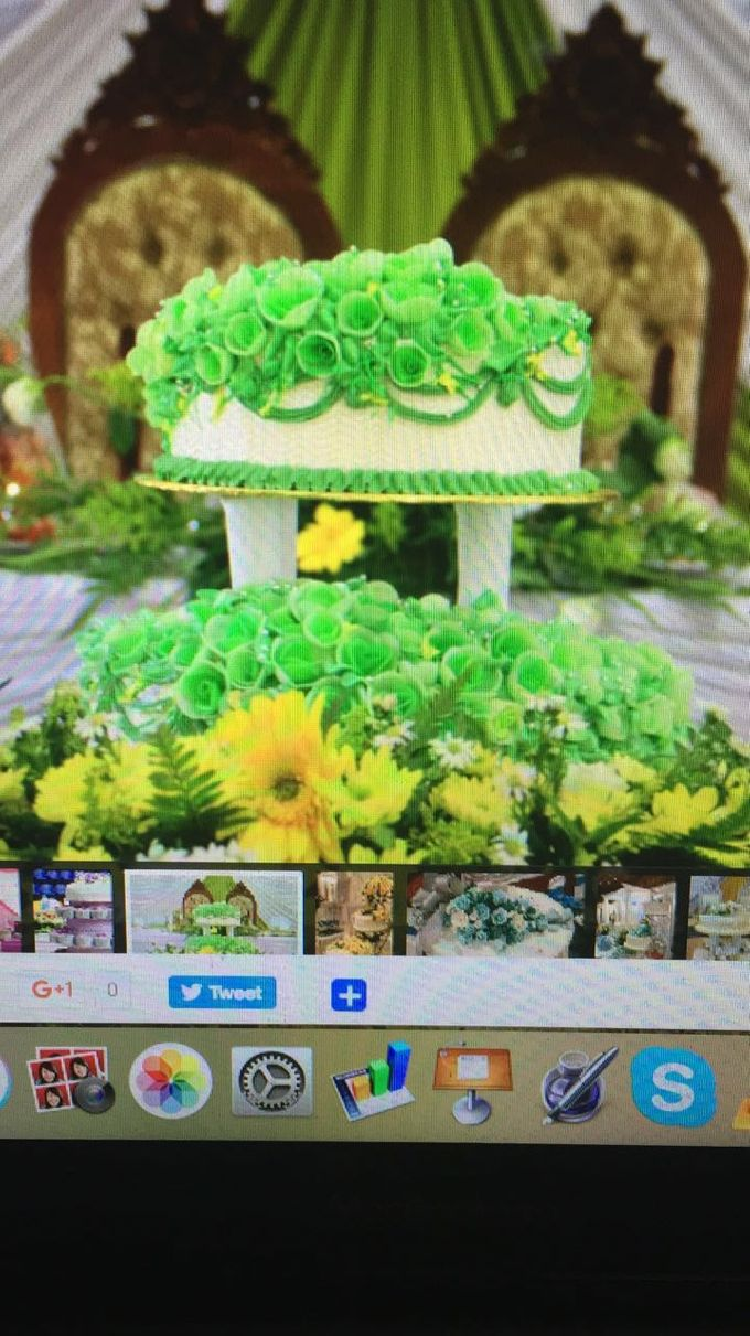 Wedding Cake by Sri Munura Catering Services - 002