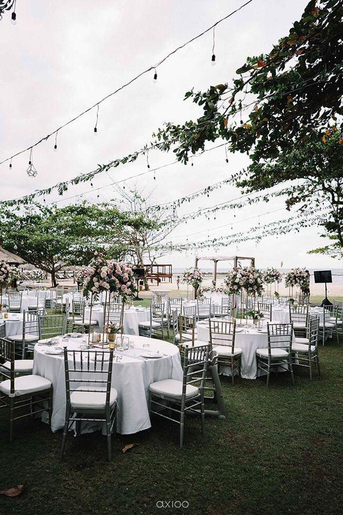 Beachfront Wedding at Sofitel Bali by WiB flowers - 009