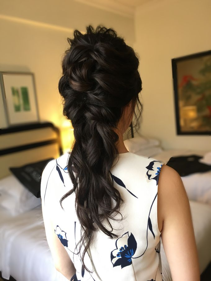 Romantic Floral Rustic Half up Half Down Hairstyles by Sylvia Koh Makeup and Hairstyling - 013
