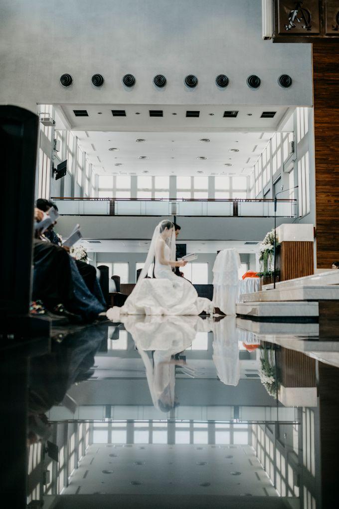 SATWIKO & ELISA - WEDDING DAY by Winworks - 020