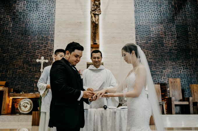 SATWIKO & ELISA - WEDDING DAY by Winworks - 025