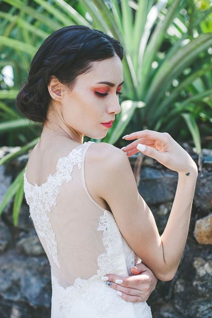 Emcee Couture 2016 Bridal Lookbook by Emcee Couture - 008