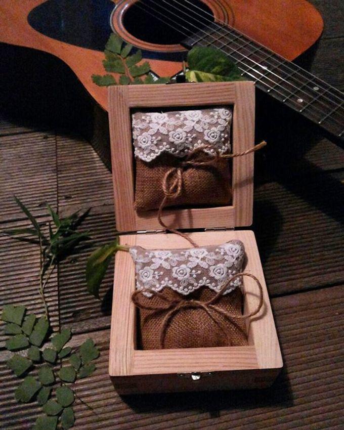 Wedding ring box by Hana Seserahan - 029