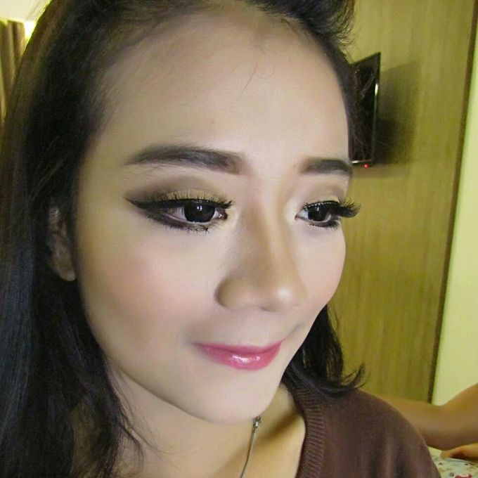Add To Board Bridesmaid Make Up By Sissy Makeup Artis 002