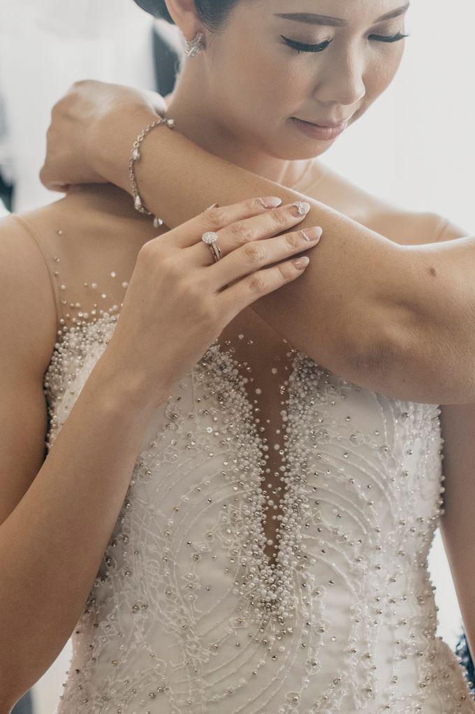 SATWIKO & ELISA - WEDDING DAY by Winworks - 012