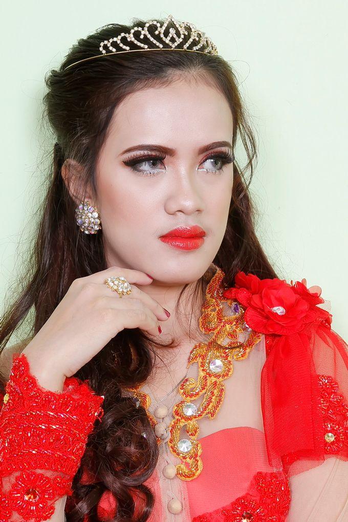 Wedding Make Up, Graduation, And Engagement by qaylamakeup - 007