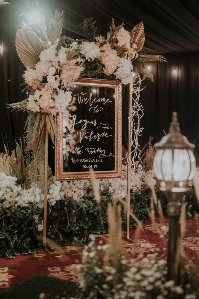 Ritz Carlton PP - Yogas & Valerie by Maestro Wedding Organizer - 034